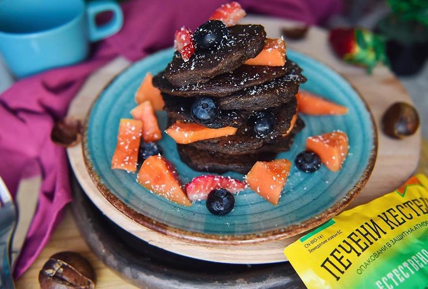 Мини палачинки с брашно от нахут, рожков и печени кестени